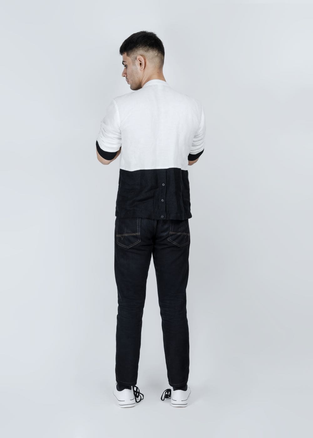 @STOREAT44   Best Black&White Clothing Brand   5